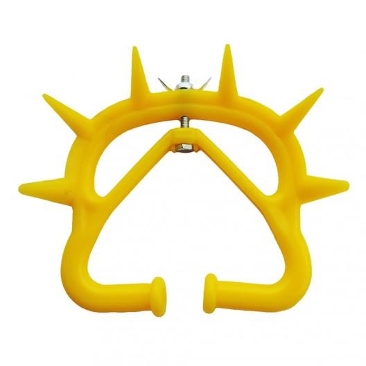 Кольцо с шипами на нос, против сосания для телят среднее